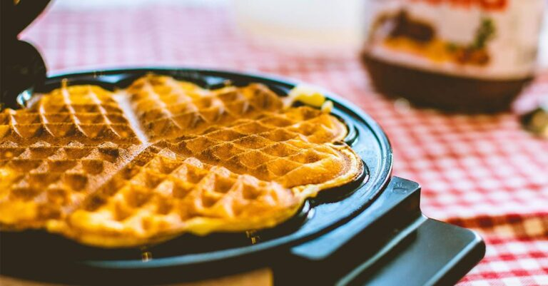 Best waffle maker with removable plates for your Home in 2021